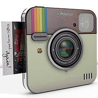 Polaroid Instagram Socialmatic Camera.